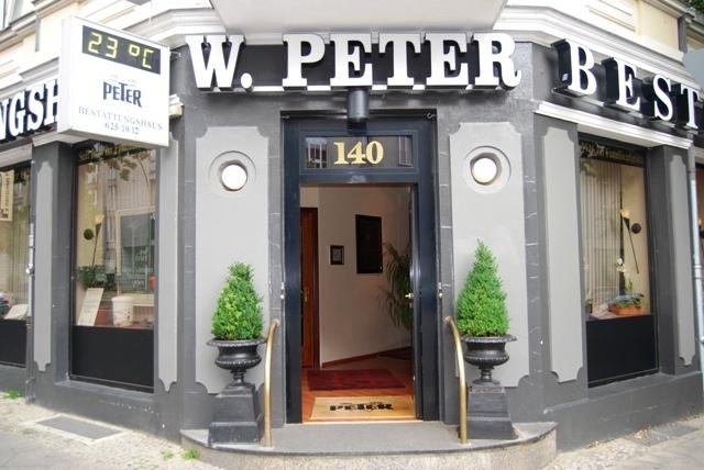 Bestattungen Berlin - Bestattungshaus Werner Peter - Außenansicht